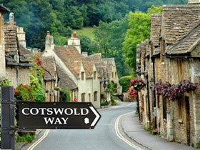 Cotswold Way Sign - Header Image